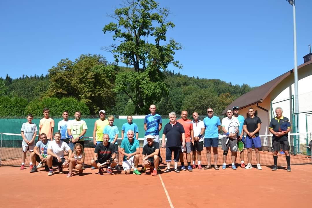 Józef Krzystyński najlepszy w turnieju tenisa w Rymanowie [FOTO] - Zdjęcie główne