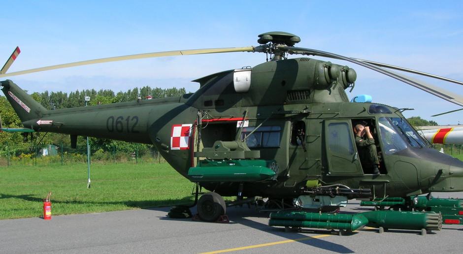 Podkarpacie: Helikopter wojskowy przyleciał po zakażonego koronawirusem - Zdjęcie główne