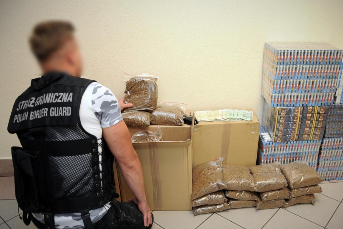 Podkarpacie. Nielegalnie trzymał tytoń i papierosy wartości ponad 36 tys. złotych  - Zdjęcie główne