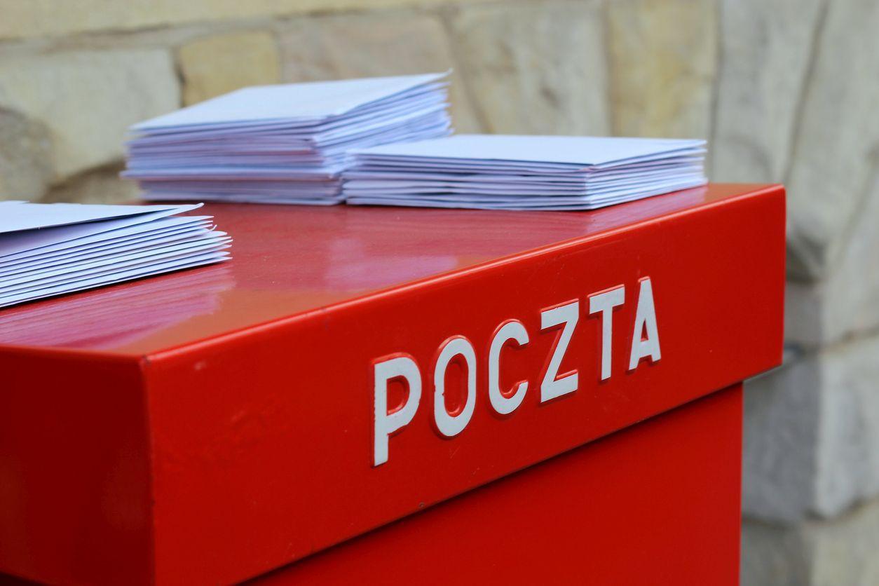 Koniec z awizami? Poczta Polska wprowadza zmiany - Zdjęcie główne