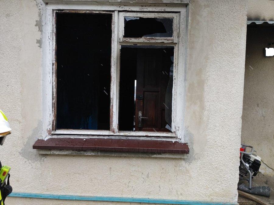 Pożar domu w Przysietnicy to było celowe podpalenie! Zobacz dramatyczną walkę strażaków![WIDEO] - Zdjęcie główne