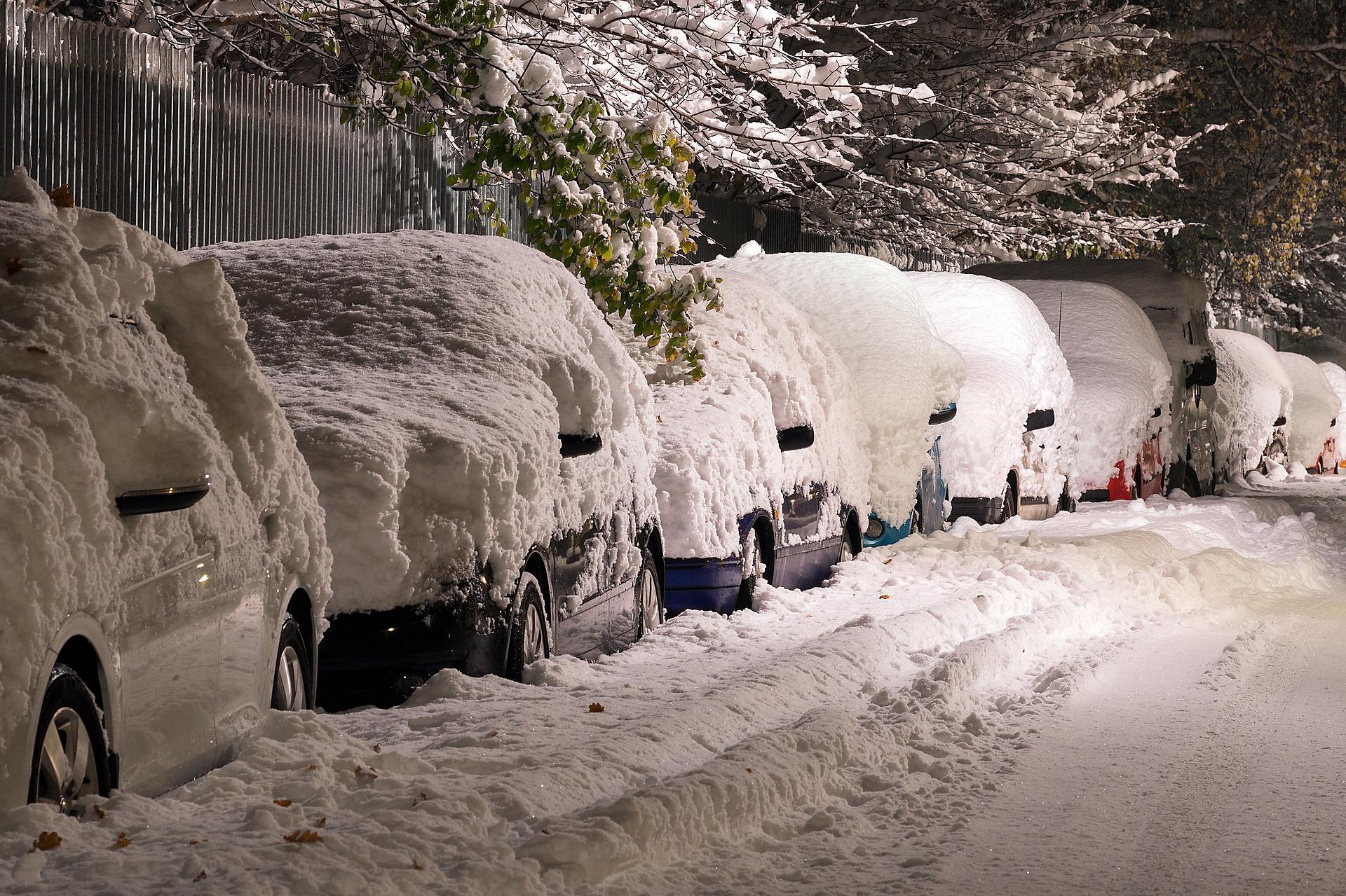 Zima nie powiedziała ostatniego słowa. Dzisiaj intensywne opady śniegu! - Zdjęcie główne