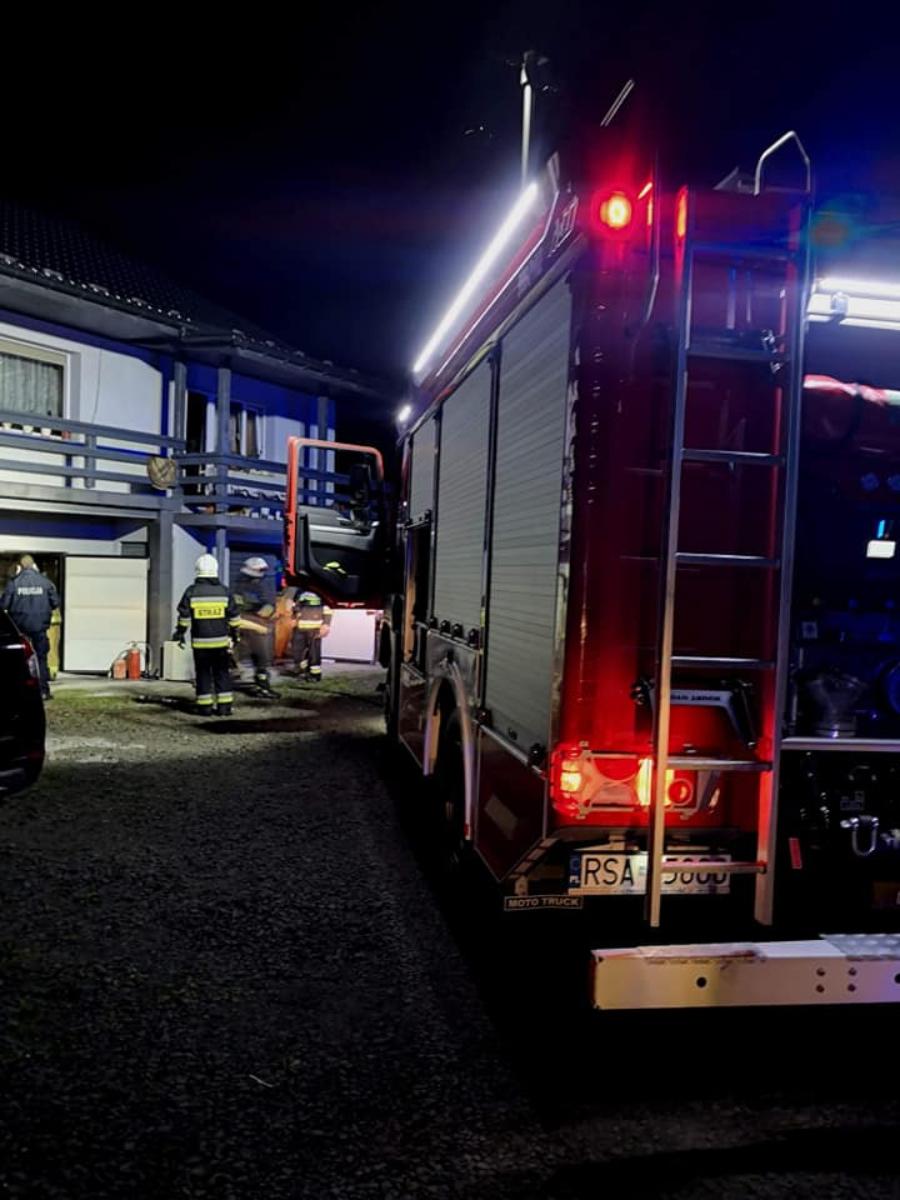 Gmina Zagórz: Akcja strażaków, piorun trafił w dom [FOTO]  - Zdjęcie główne