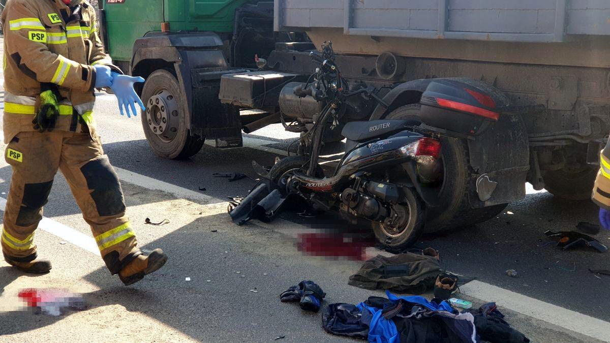 Z OSTATNIEJ CHWILI: Śmiertelny wypadek na ul. Krakowskiej w Sanoku [FOTO+VIDEO] - Zdjęcie główne