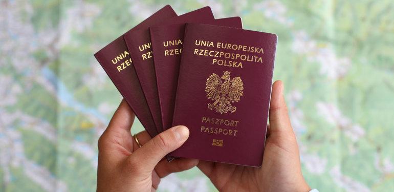 Nowe paszporty na Święto Niepodległości - Zdjęcie główne