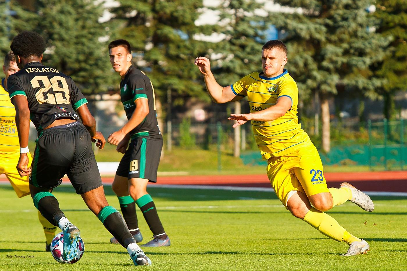 Ekoball Stal Sanok przegrywa w IV lidze z Izolatorem Boguchwała [FOTORELACJA] - Zdjęcie główne
