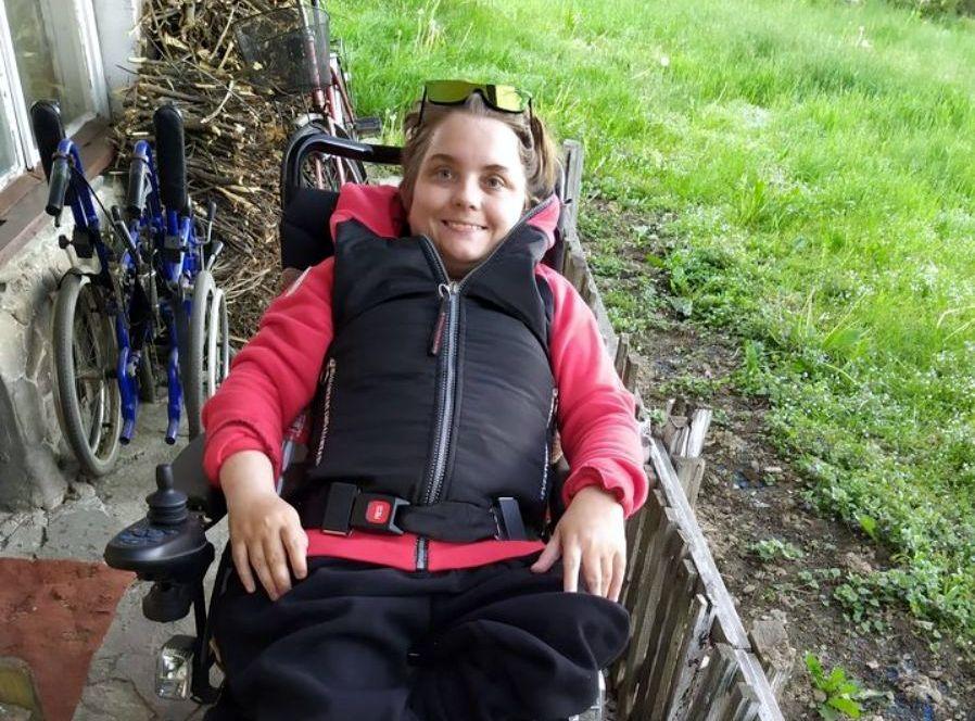 Pilnie poszukiwane mieszkanie dla niepełnosprawnej Anety! - Zdjęcie główne