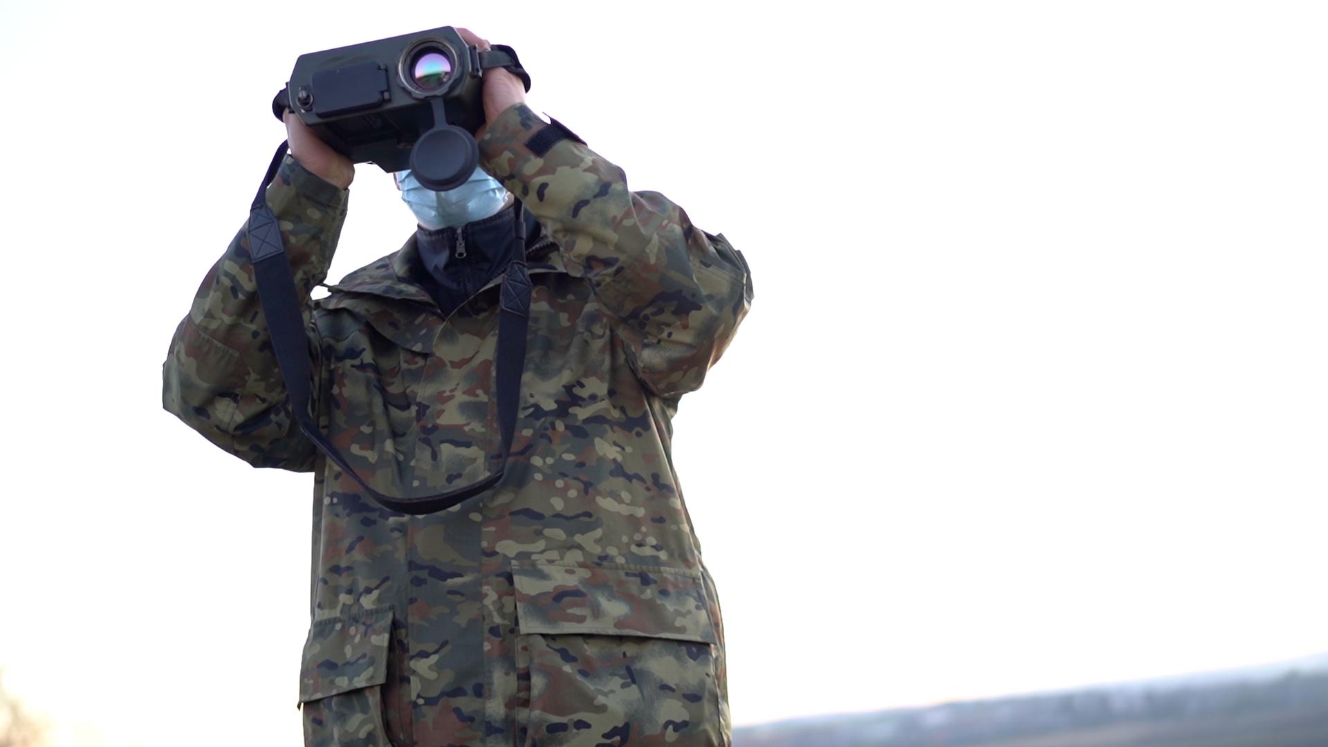 Nowoczesne kamery termowizyjne w rękach strażników BiOSG - Zdjęcie główne