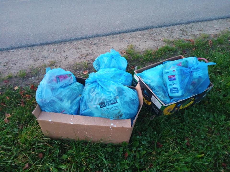 ZAHUTYŃ: Wyrzucił śmieci przy drodze. Miał pecha ktoś go rozpoznał! [FOTO] - Zdjęcie główne