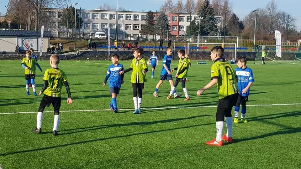 Akademia Piłkarska Wiki Sanok szlifuje piłkarskie diamenty - Zdjęcie główne