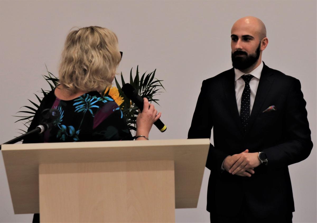 LESKO: Burmistrz Adam Snarski z wotum zaufania oraz jednogłośnym absolutorium  - Zdjęcie główne