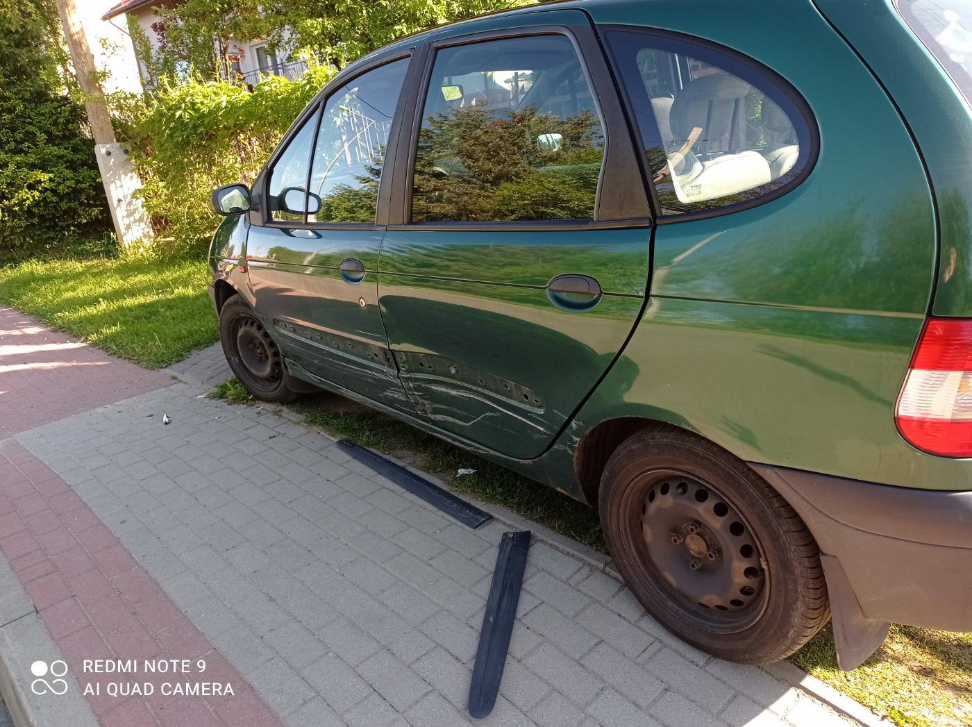 SANOK: Zniszczył samochód i uciekł. Szukamy sprawcy! [ZDJĘCIA] - Zdjęcie główne