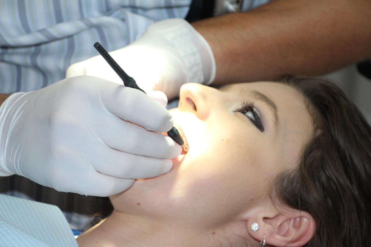 Ograniczenia zakresu świadczeń stomatologicznych - Zdjęcie główne