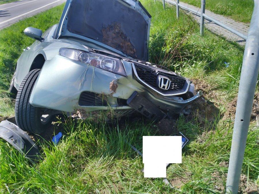 BLIZNE: Kierowca zasnął za kółkiem i wjechał do rowu [FOTO] - Zdjęcie główne
