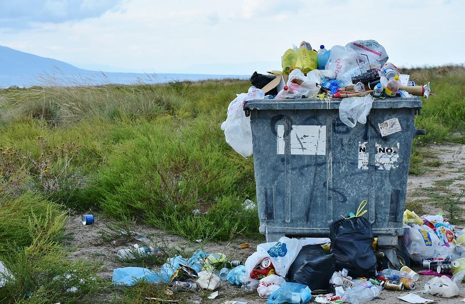 Ważny komunikat dla właścicieli nieruchomości odnośnie odpadów! - Zdjęcie główne