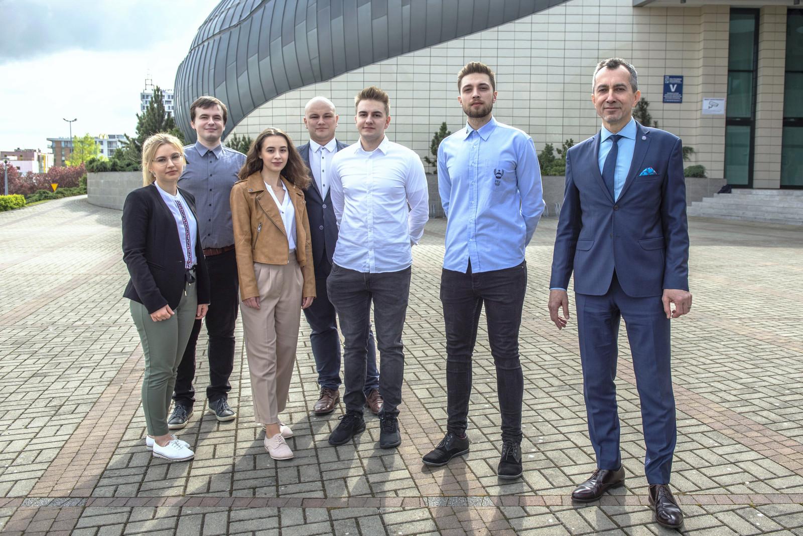 Sukces studentów z kół naukowych Politechniki Rzeszowskiej - Zdjęcie główne