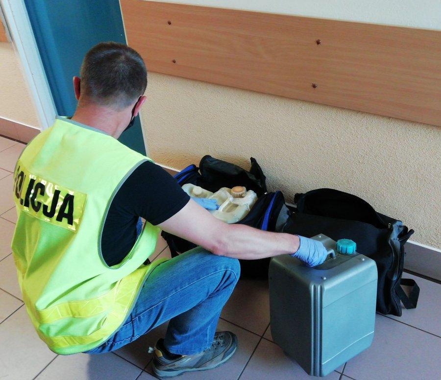 BRZOZÓW: Kradli paliwo z maszyn budowlanych - Zdjęcie główne