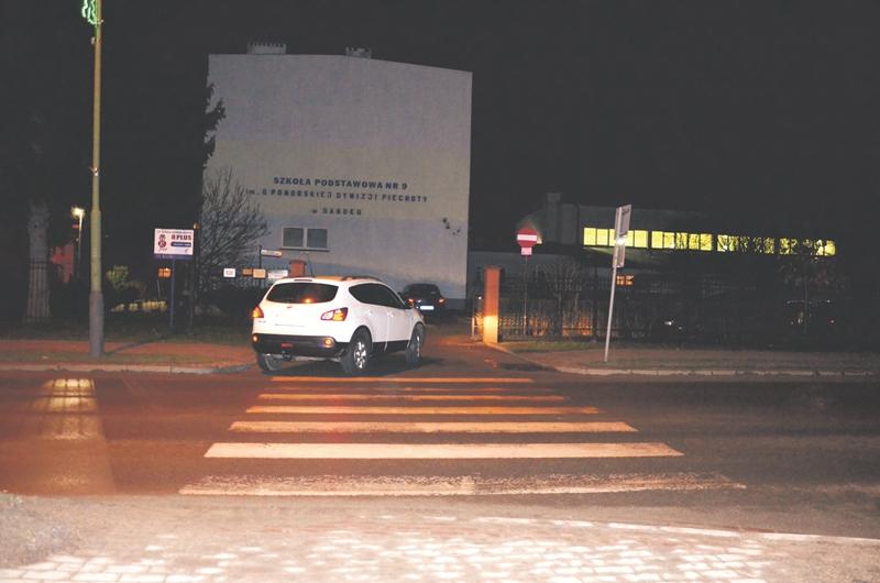 WRACAMY DO TEMATU: Będzie bezpieczniej przed Szkołą Podstawową nr 9 w Sanoku? - Zdjęcie główne