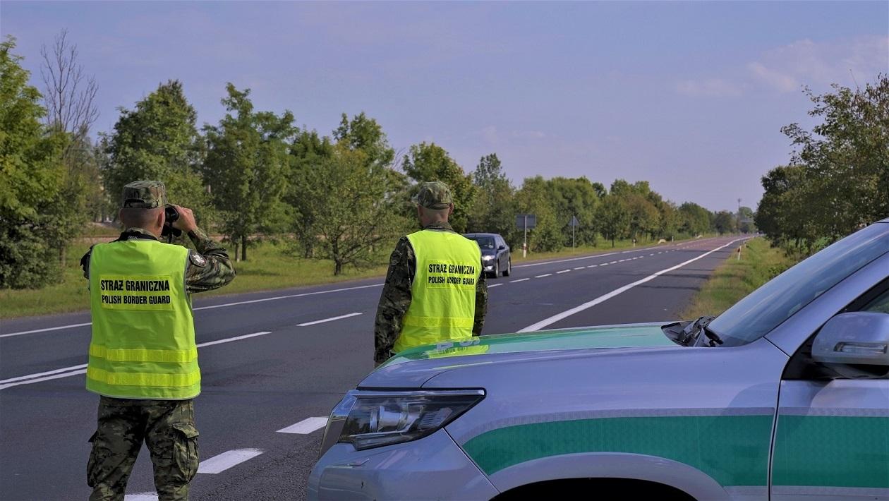 Albańczycy z zakazami wjazdu (deportowani wcześniej z UE) zatrzymani przez SG za nielegalne przekroczenie granicy na Podkarpaciu - Zdjęcie główne