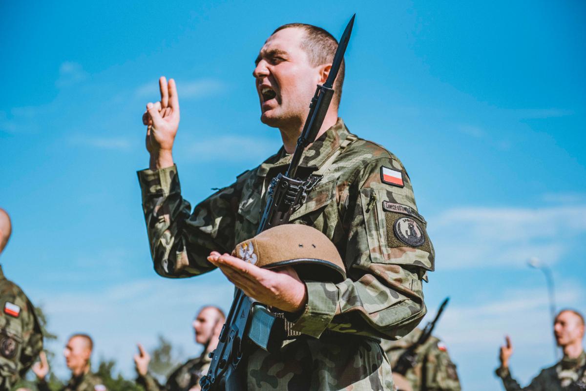Żołnierze 3. Podkarpackiej Brygady Obrony Terytorialnej przysięgali w Dębicy [FOTO] - Zdjęcie główne