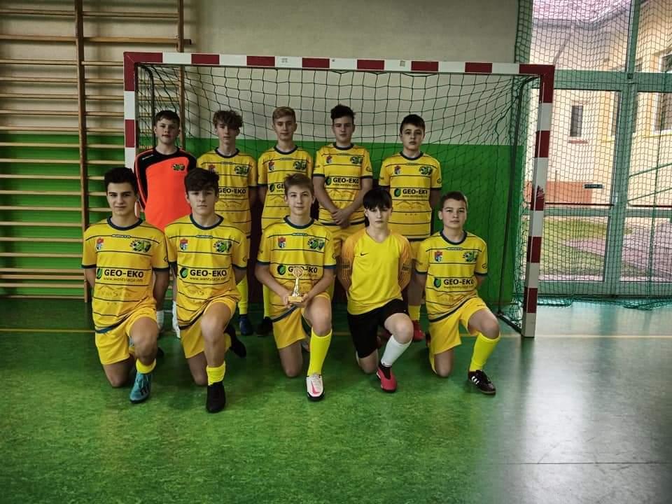 Trampkarze młodsi Ekoballu w turnieju Osława Winter Cup - Zdjęcie główne