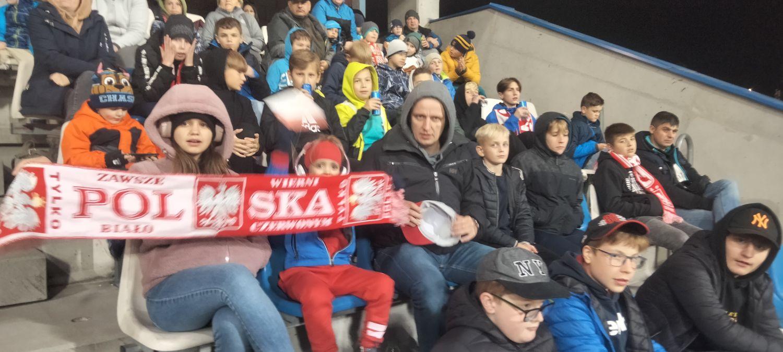 Komplet widzów na mecz Polska-Niemcy U20 w Rzeszowie. Sprawdź kto z Sanoka wspierał Biało-Czerwonych - Zdjęcie główne