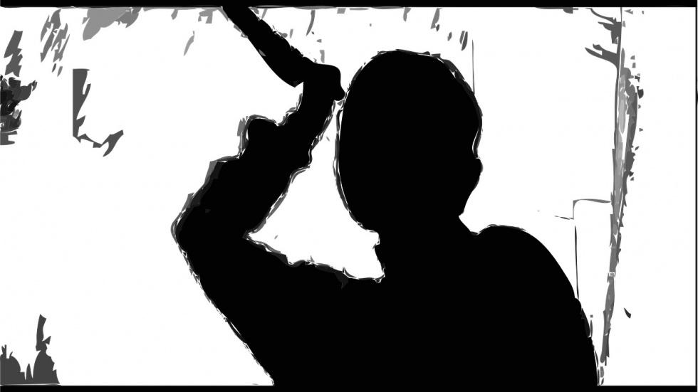 Senior rzucił się z nożem na 27-latka! - Zdjęcie główne