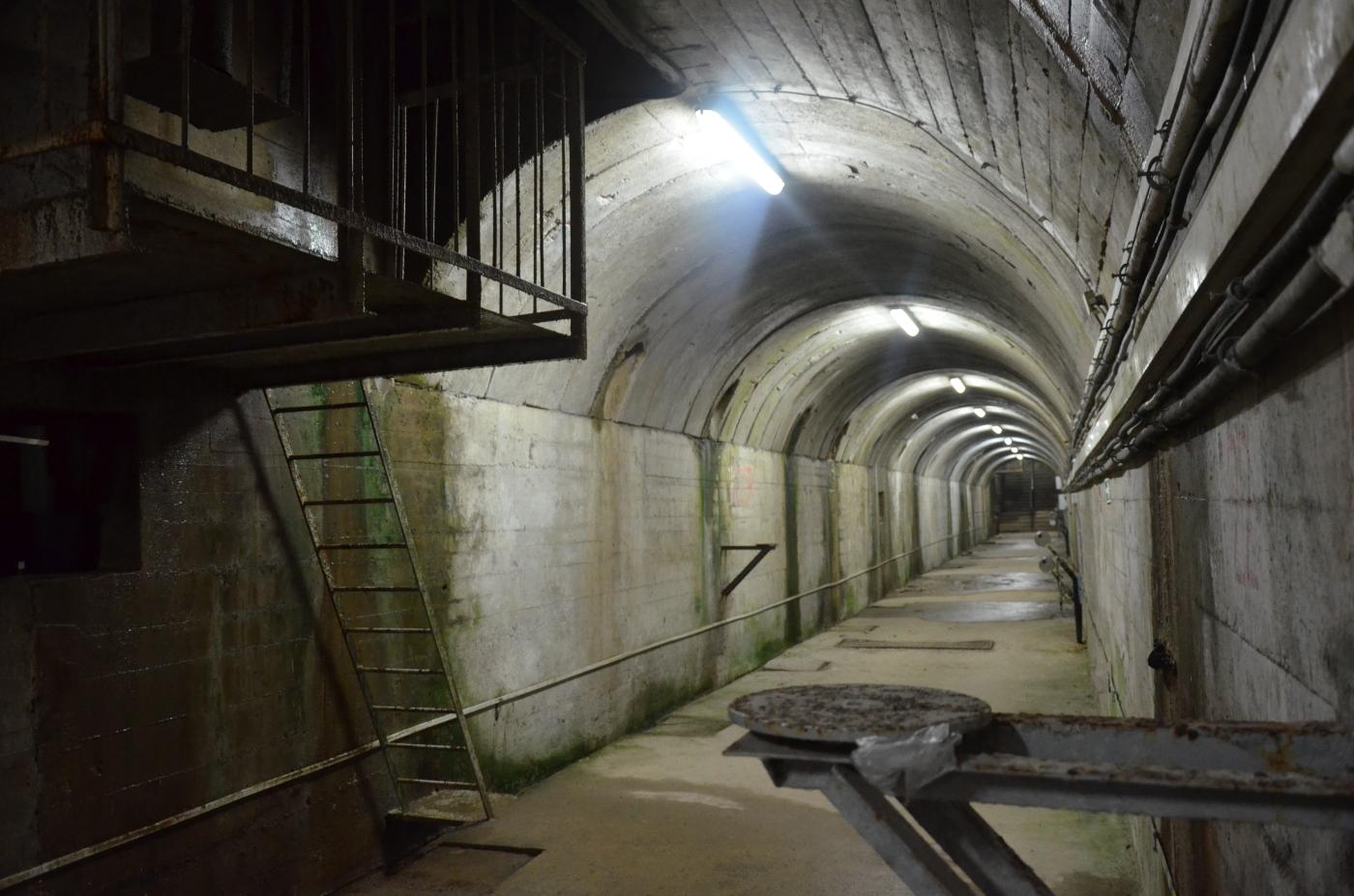 6 metrów pod dnem Soliny. Co kryje wnętrze Zapory Solińskiej? [ZDJĘCIA+WIDEO] - Zdjęcie główne