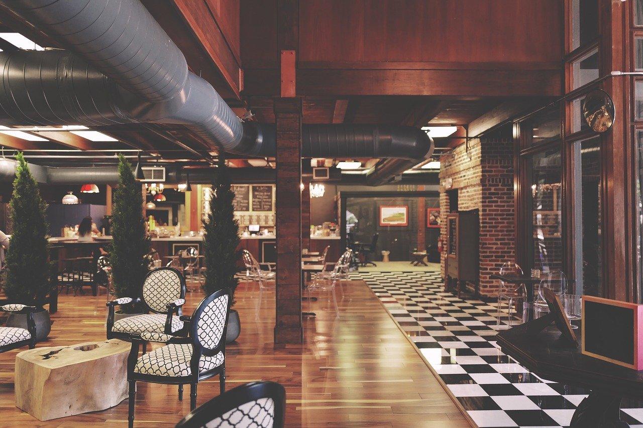 8 na 10 restauracji i hoteli ma problemy finansowe - Zdjęcie główne