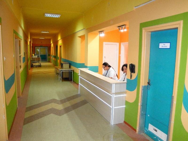 Sanocki szpital wznawia przyjęcia na Oddziale Dziecięcym - Zdjęcie główne