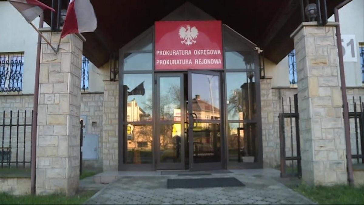 IZDEBKI: Proces Krzysztofa S. oskarżonego o molestowanie córek odroczony - Zdjęcie główne