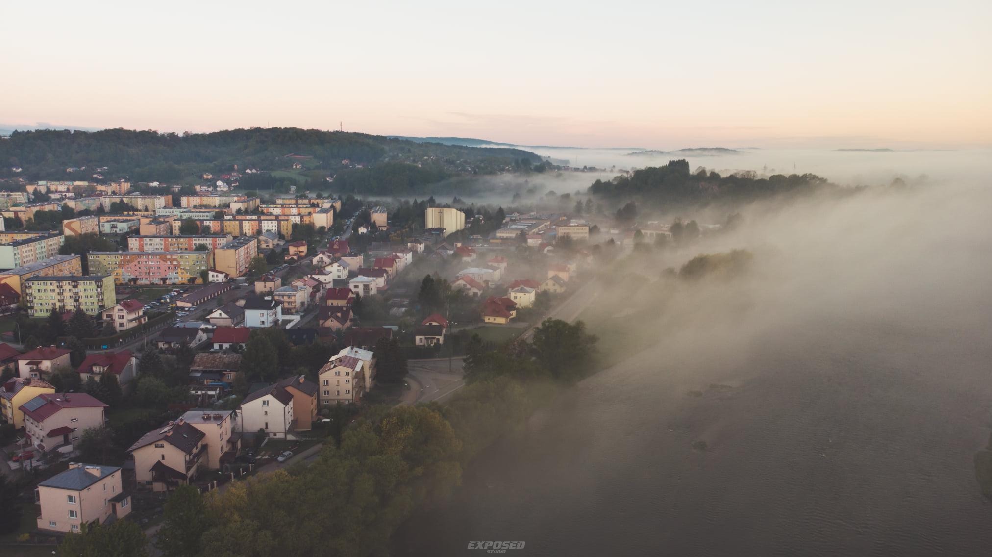 Zdanie Odrębne: Jesienne mgły... - Zdjęcie główne