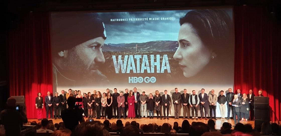 """Bieszczadzka """"Wataha"""" na gali premierowej w Warszawie - Zdjęcie główne"""