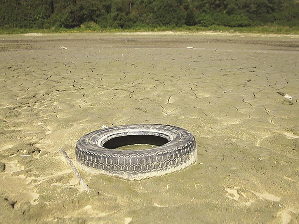 GMINA CZARNA: Wszystko dla jeziora - Zdjęcie główne