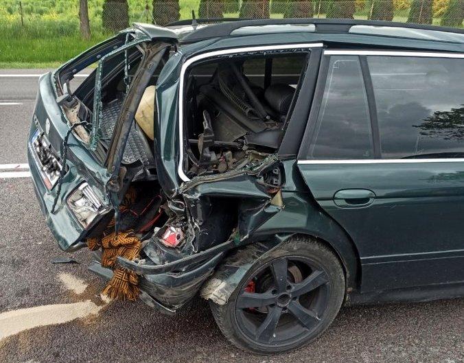 Niebezpieczna kolizja trzech samochodów [ZDJĘCIA] - Zdjęcie główne