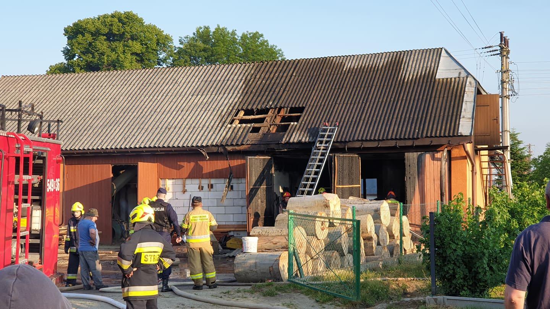 Pożar warsztatu w Niebieszczanach [ZDJĘCIA+WIDEO] - Zdjęcie główne