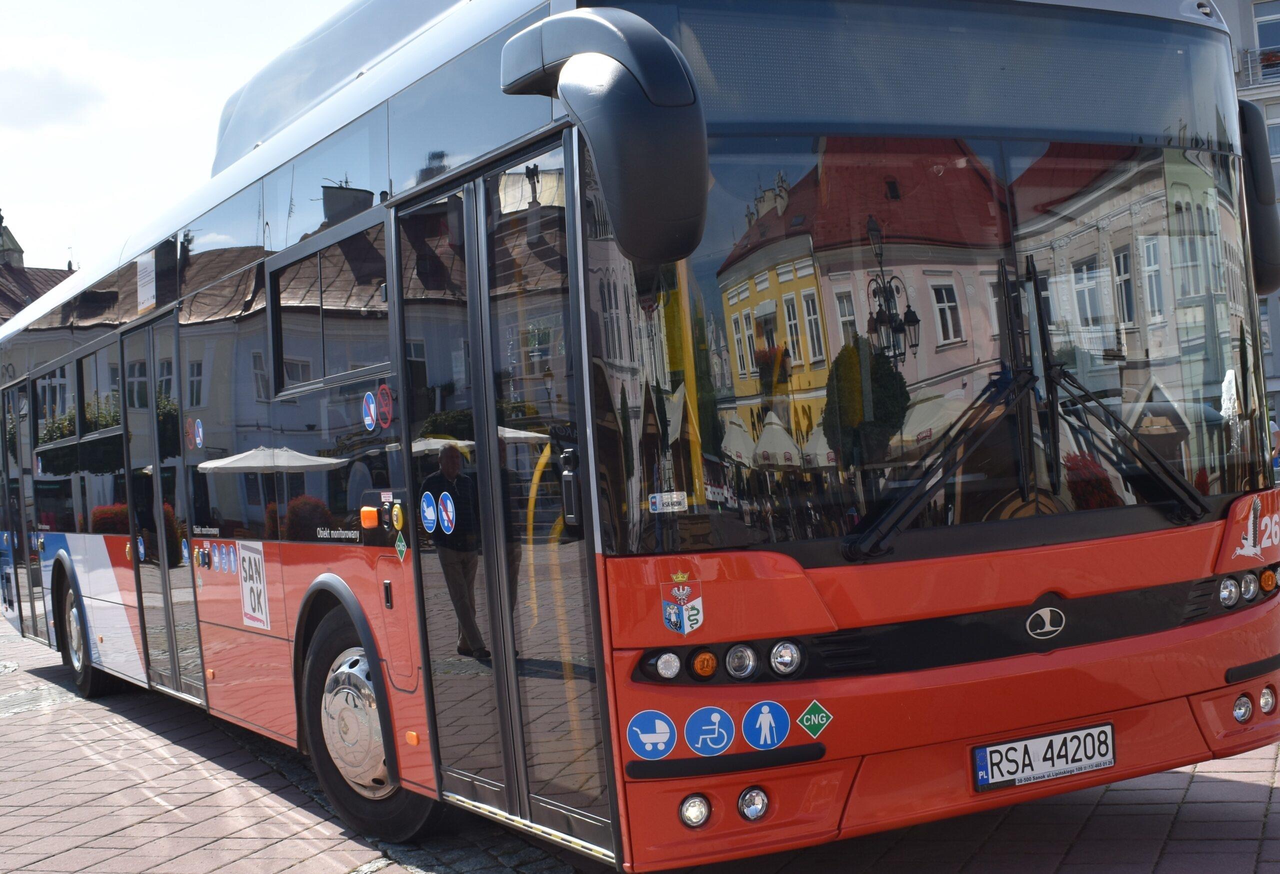 Sanok. Dodatkowy kurs autobusu linii 18  - Zdjęcie główne